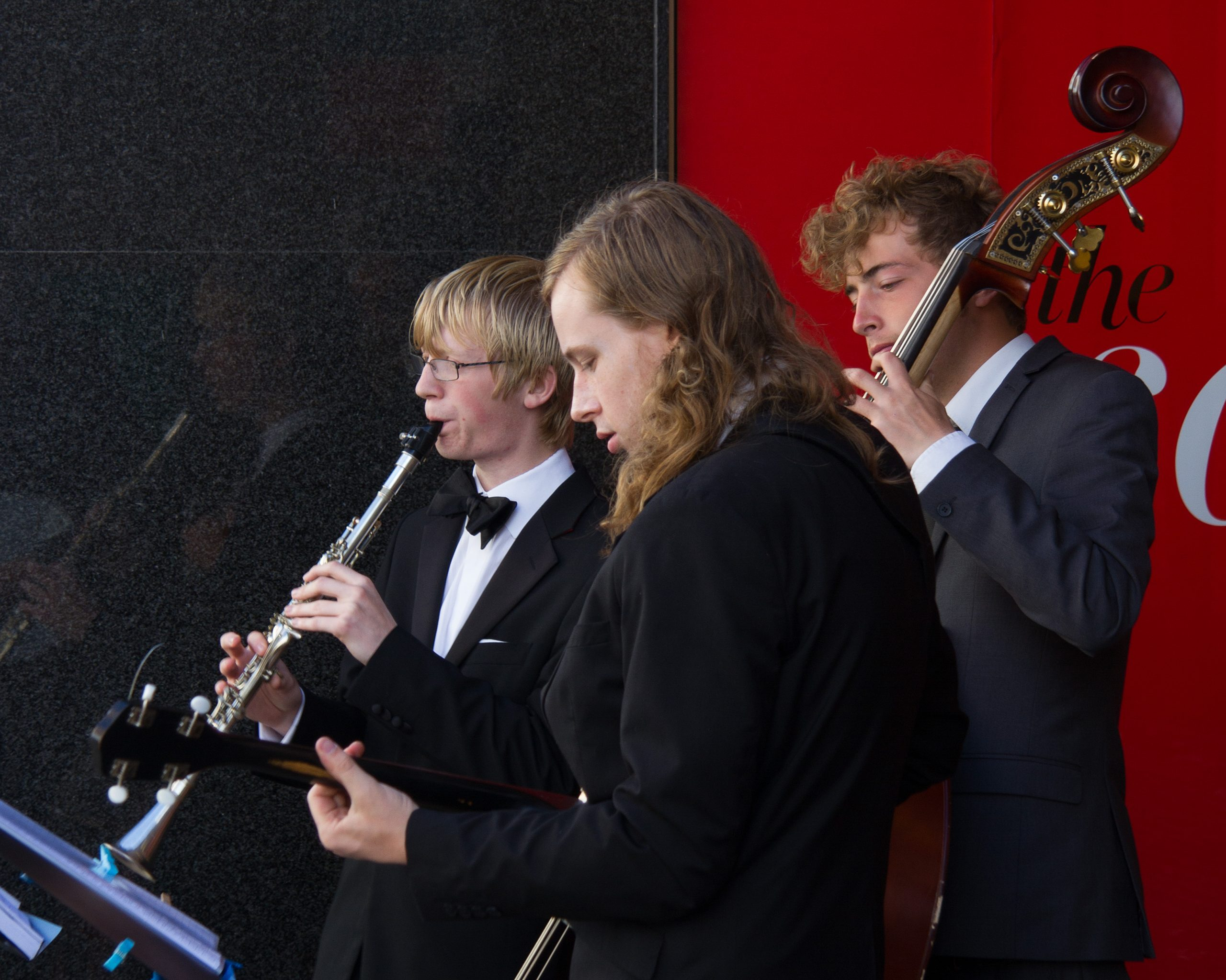 The Jelly Roll Jazz Band busking in Scarborough, August 2014 (2)